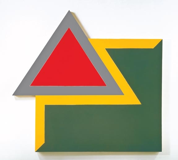 Frank Stella, Chocorua IV, 1966, fluorescent alkyd and epoxy paints on canvas, 120 x 128 x 4 in. (304.8 x 325.12 x 10.16 cm). Hood Museum of Art, Dartmouth College. Purchased through the Miriam and Sidney Stoneman Acquisitions Fund, a gift from Judson and Carol Bemis '76, and gifts from the Lathrop Fellows in honor of Brian P. Kennedy, director of the Hood Museum of Art, 2005–2010; 2010.50. © 2010 Frank Stella / Artists Rights Society (ARS), New York.