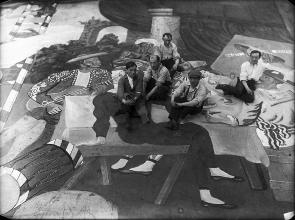 Pablo Picasso with scene painters.