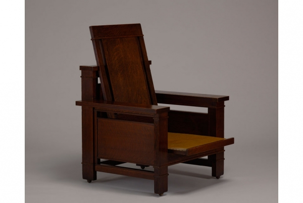 The Currier Museumu0027s Armchair By Frank Lloyd Wright.